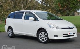 Review Toyota Wish 2003