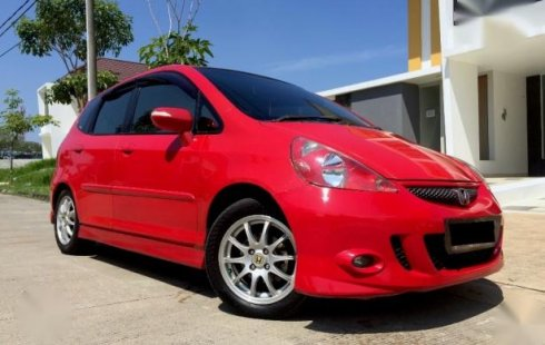 Honda Jazz Sporty 2007 VTEC M T Merah Orisinil 1st