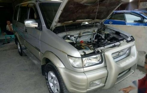 Chevrolet Tavera 2002 Bensin Bentuk Panther 939198