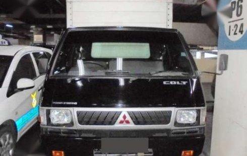 Dijual Cepat Mitsubishi L300 Box 2014 NIK2013