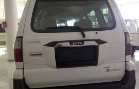 Mobil Baru Isuzu Panther Grand Touring 2017 Blimbing 1031990