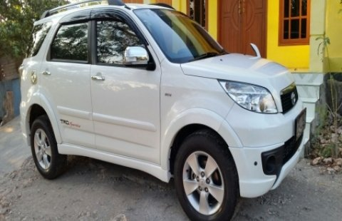 Mobil Bekas Toyota Rush 2013 Surabaya Kota 1034386