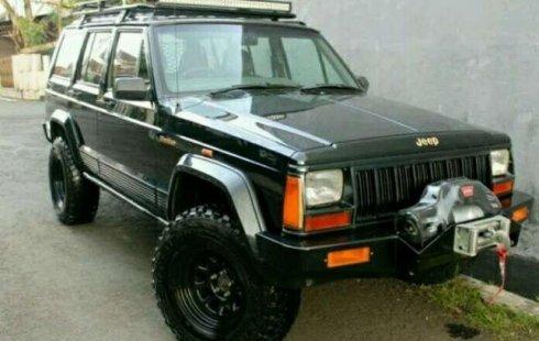 Jeep Cherokee 4x4 >> Jeep Cherokee 4x4 Th 96 Plat B A N Sendiri