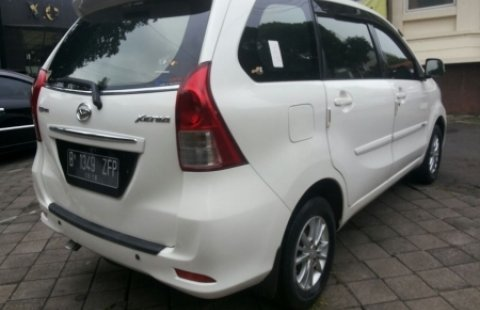 Mobil Bekas Daihatsu Xenia 2014 Semarang 1440071