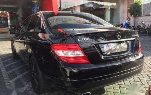 Over Kredit Mercedes Benz C200 W204 2010 3 Hitam Classic Avantgard 1451779