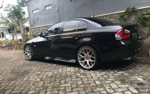 Jual Mobil BMW 320i 2008 Jawa Timur 1735428 on jawa indonesia, jawa tengah, jawa language, jawa barat,