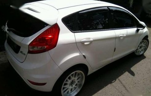 Ford Fiesta 2012 Matic 2202083 on