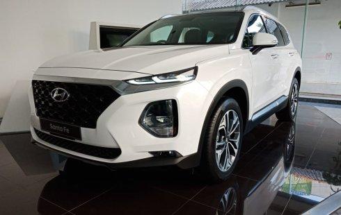 Dijual Mobil Hyundai Santa Fe CRDi VGT 2.2 Automatic 2018