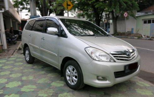 Jual Mobil Toyota Kijang Innova 2.5 G 2011