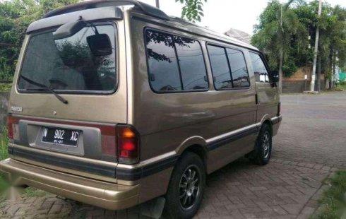 Mazda E2000  1997 Kuning