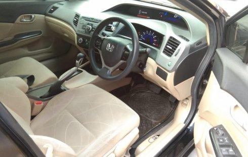 Jual mobil Honda Civic 1.8 i-VTEC 2013 bekas