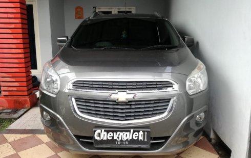 Jual mobil Chevrolet Spin 2013 bekas murah