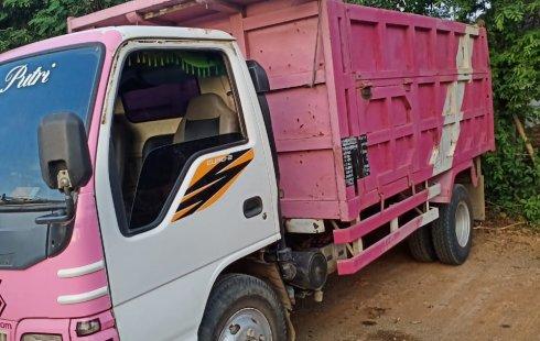 Jual mobil Isuzu Dump Truck  2013 bekas, Jawa Timur