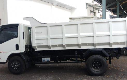 Dijual mobil Isuzu NMR 71 HD 5.8 2019 terbaik di  DKI Jakarta