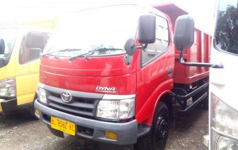Dijual Mobil Toyota Dyna Diesel 130ht Dump Truck 2013 Bekas 4103167