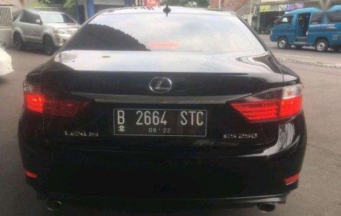 Mobil Lexus ES 2014 250 terbaik di DKI Jakarta