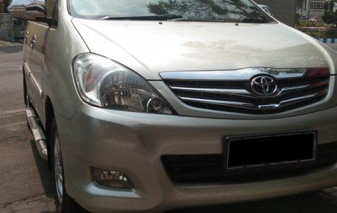 Jual mobil bekas murah Toyota Kijang Innova 2.0 G 2011 di Jawa Timur