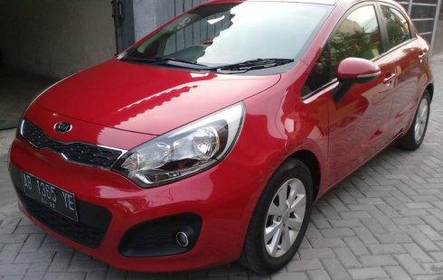 Mobil Kia Rio 1.4 Automatic 2012 terawat di DIY Yogyakarta