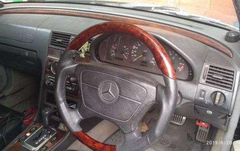 Mercedes-Benz C-Class 1996 Jawa Barat dijual dengan harga termurah
