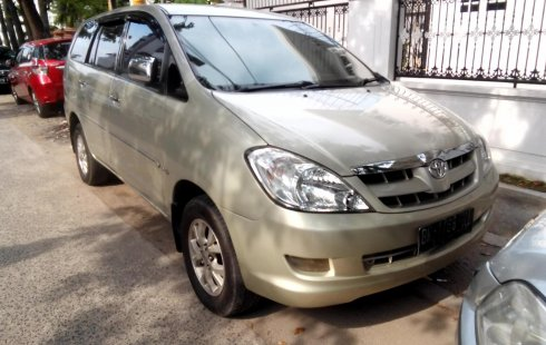 Dijual mobil bekas Toyota Kijang Innova 2.5 V 2005, Sumatra Utara