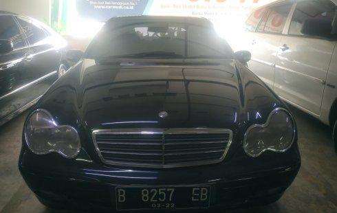 Dijual mobil bekas Mercedes-Benz C-Class C200 2002, DKI Jakarta