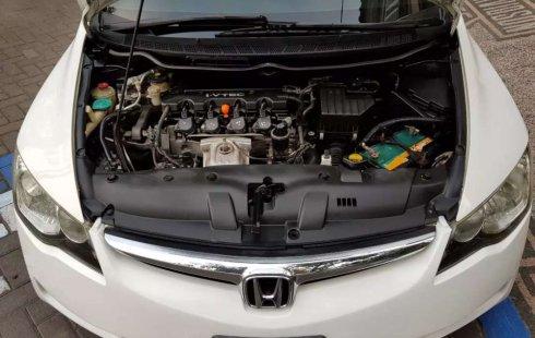 Mobil Honda Civic 2006 1.8 terbaik di Jawa Timur