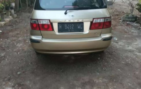 Kia Carens 2003 Jawa Timur dijual dengan harga termurah