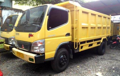Mobil Mitsubishi Colt Diesel Super 3.3 HD-X 6.6 Dump Truck 2018 terawat di Sumatra Utara