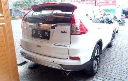 Mobil Honda CR-V 2.4 Prestige 2015 terawat di Sumatra Utara