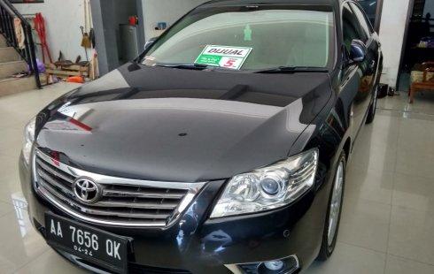 Mobil Toyota Camry 2.4 V 2009 terawat di Jawa Tengah