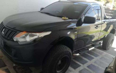 Mobil Mitsubishi Triton 2017 dijual, Bali