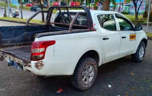Mobil Mitsubishi Triton 2017 HD-X terbaik di Kalimantan Timur