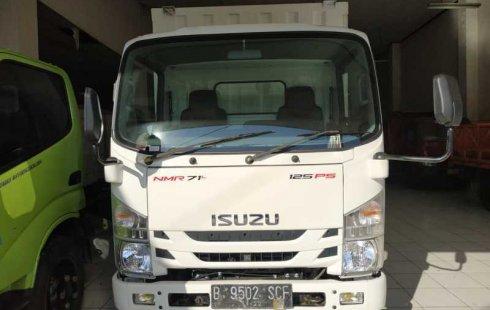 Jual cepat Isuzu NMR 71 HD 5.8 2017 di DIY Yogyakarta
