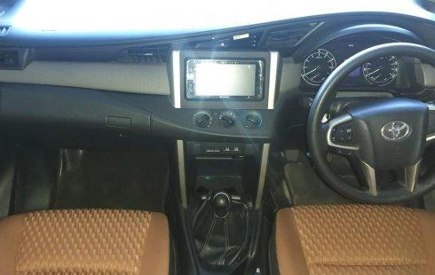 Jual mobil Toyota Kijang Innova 2.0 G 2016 bekas di Jawa Barat