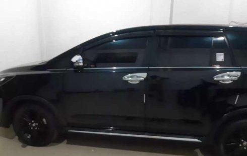 Jual Toyota Kijang Innova 2017 harga murah di Jawa Timur