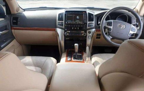 Jual Toyota Land Cruiser 4.5 V8 Diesel 2013 harga murah di DKI Jakarta