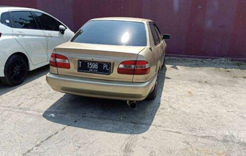 Jawa Barat, Toyota Corolla 2000 kondisi terawat