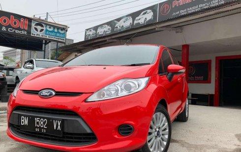 Jual cepat Ford Fiesta Trend 2013 di Riau