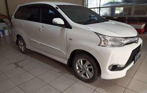 Dijual mobil bekas Toyota Avanza Veloz, Pulau Riau