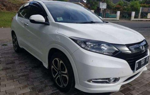Bali, Honda HR-V Prestige 2016 kondisi terawat