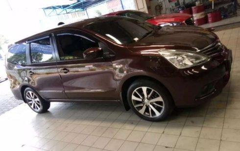 Mobil Nissan Grand Livina 2014 XV terbaik di Banten