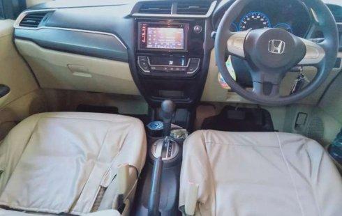 Jual mobil bekas murah Honda Mobilio E 2016 di Jawa Timur