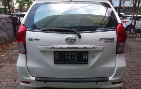 Jual mobil bekas murah Daihatsu Xenia M 2011 di Jawa Barat
