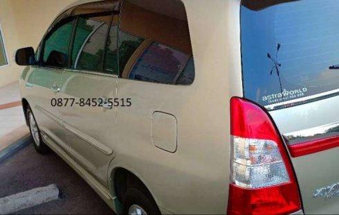 DKI Jakarta, Toyota Kijang Innova V 2013 kondisi terawat