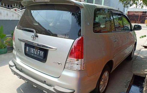 Mobil Toyota Kijang Innova 2009 V dijual, DKI Jakarta