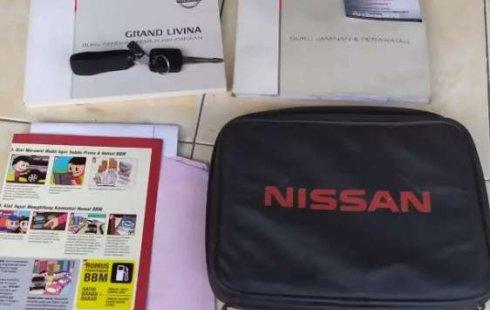Jual mobil bekas murah Nissan Grand Livina Highway Star 2012 di Jawa Tengah