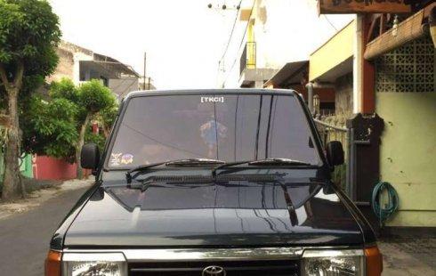 Mobil Toyota Kijang 1994 Grand Extra dijual, Jawa Timur