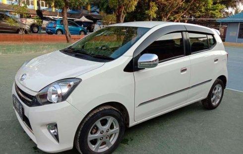 Mobil Toyota Agya 2014 G terbaik di Lampung