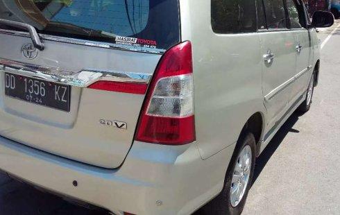 Jual Toyota Kijang Innova V 2014 harga murah di Sulawesi Selatan