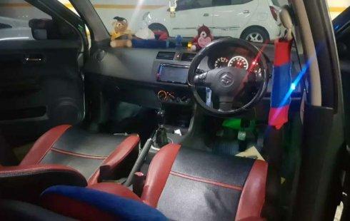 Suzuki Swift 2006 Jawa Timur dijual dengan harga termurah